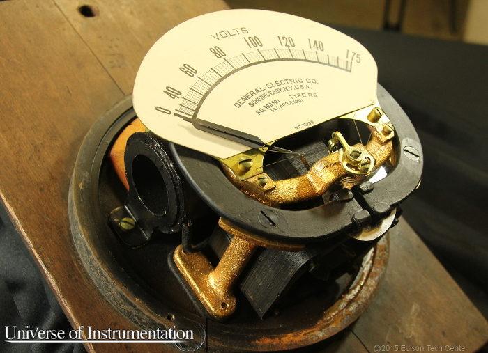 A 1901 GE volt meter