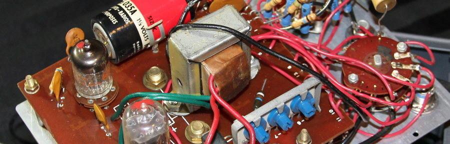VacuumTubeVoltmeterInsides900-900x288